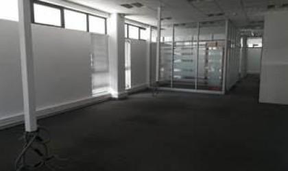 Location non meublée - Local Commercial - ebene